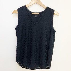 Ann Taylor black patterned sleeveless blouse S
